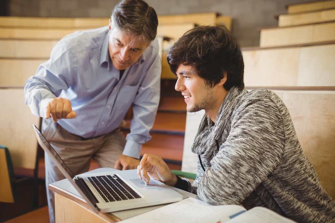 3 Tips for Graduate Students to Consider When Choosing a Faculty Mentor