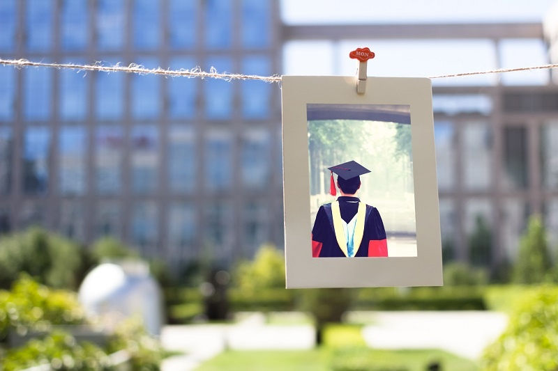 3 Questions to Ask Yourself if You're Making the Choice between a Master's Degree and Ph.D.