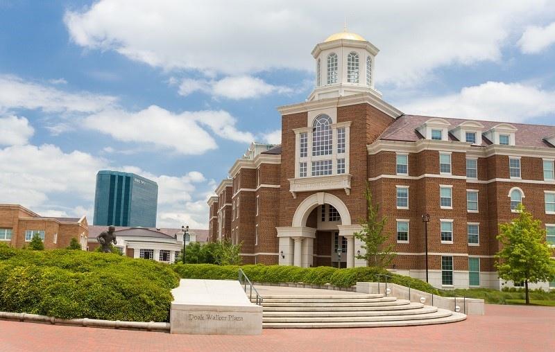 Top 5 Reasons to Go to Graduate School in Dallas